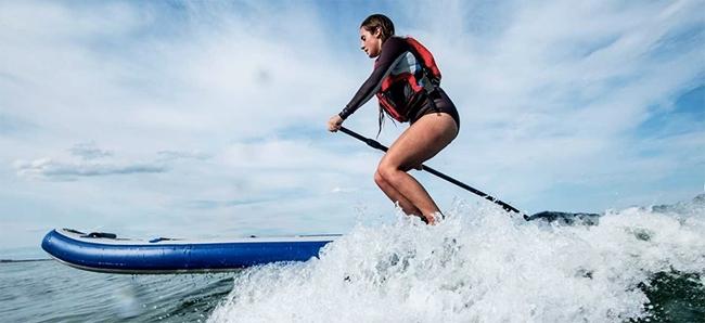 Sea Eagle LB11 Surfing