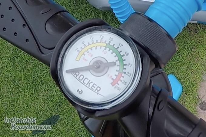 Built-in Pressure Gauge