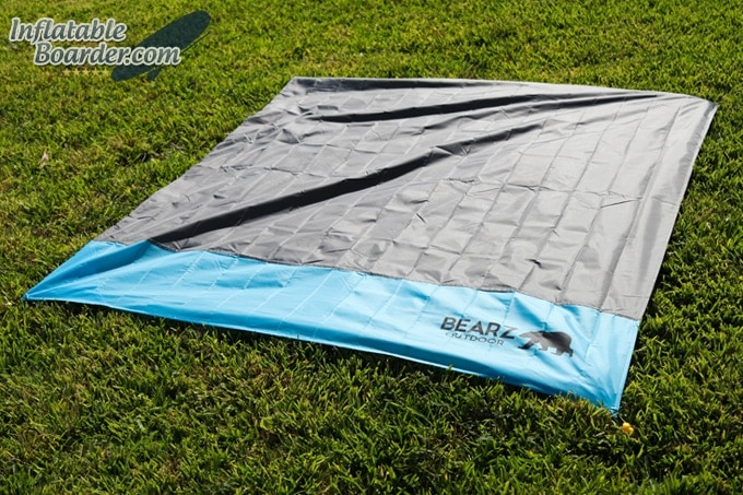 Bearz Outdoor Waterproof Blanket