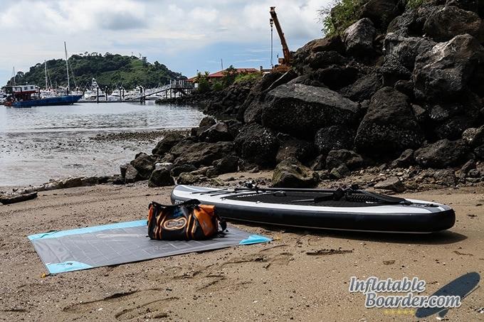 Bearz Outdoor Waterproof Paddleboarding Blanket