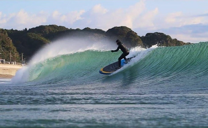 airSUP Brett Bennett Surfing