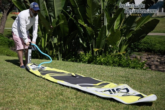 Inflating GILI Adventure Inflatable SUP