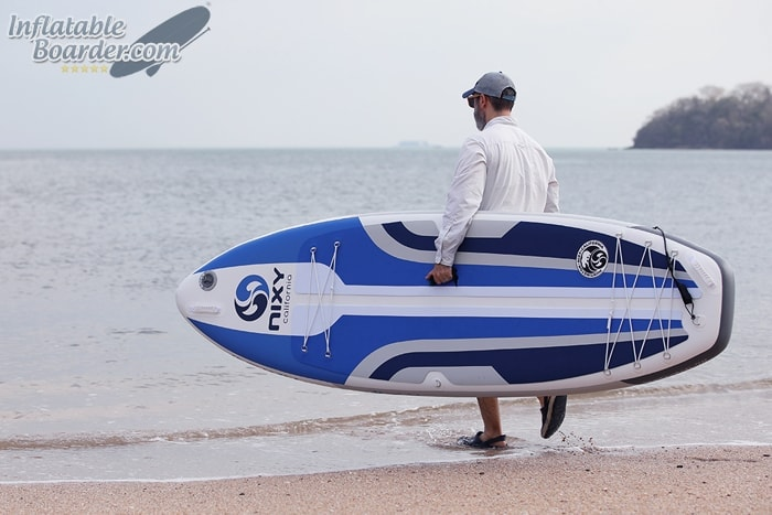 Carrying Huntington Inflatable SUP