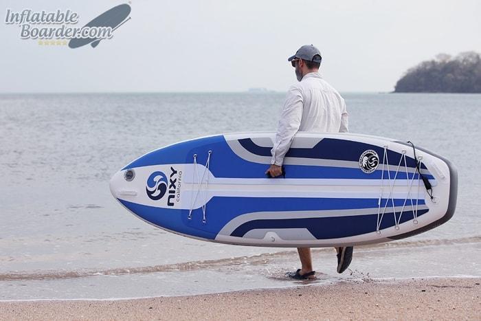 Carrying Huntington Inflatable SUP