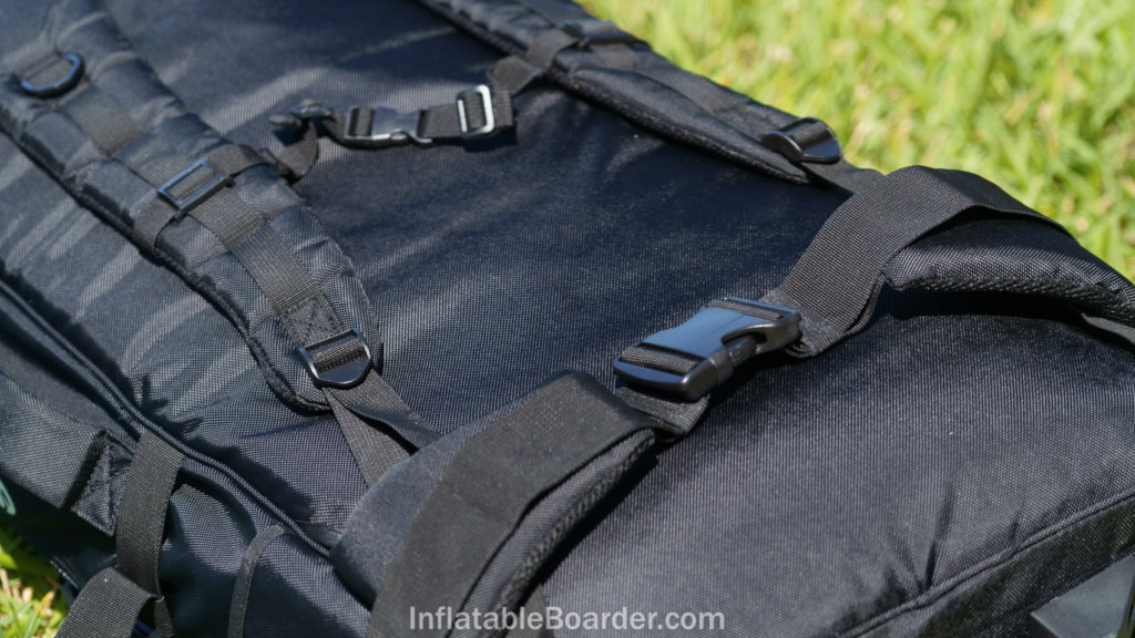 The NIXY G4 bag's thickly padded mesh shoulder and waist straps, plus a chest strap and d-rings.