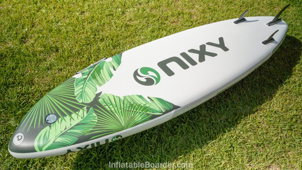 The green palm design on the bottom of the Newport G4 with large NIXY logo.