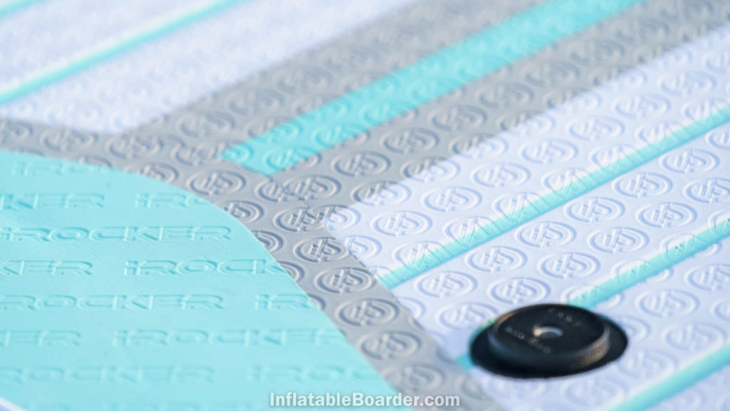 Detail of the EVA foam deck texture, which consists of stamped iROCKER logos and light grooves for grip.