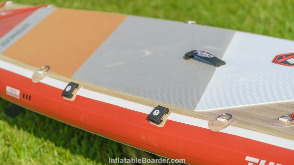 Side of the 126, featuring velcro paddle straps and 2 d-rings per side.